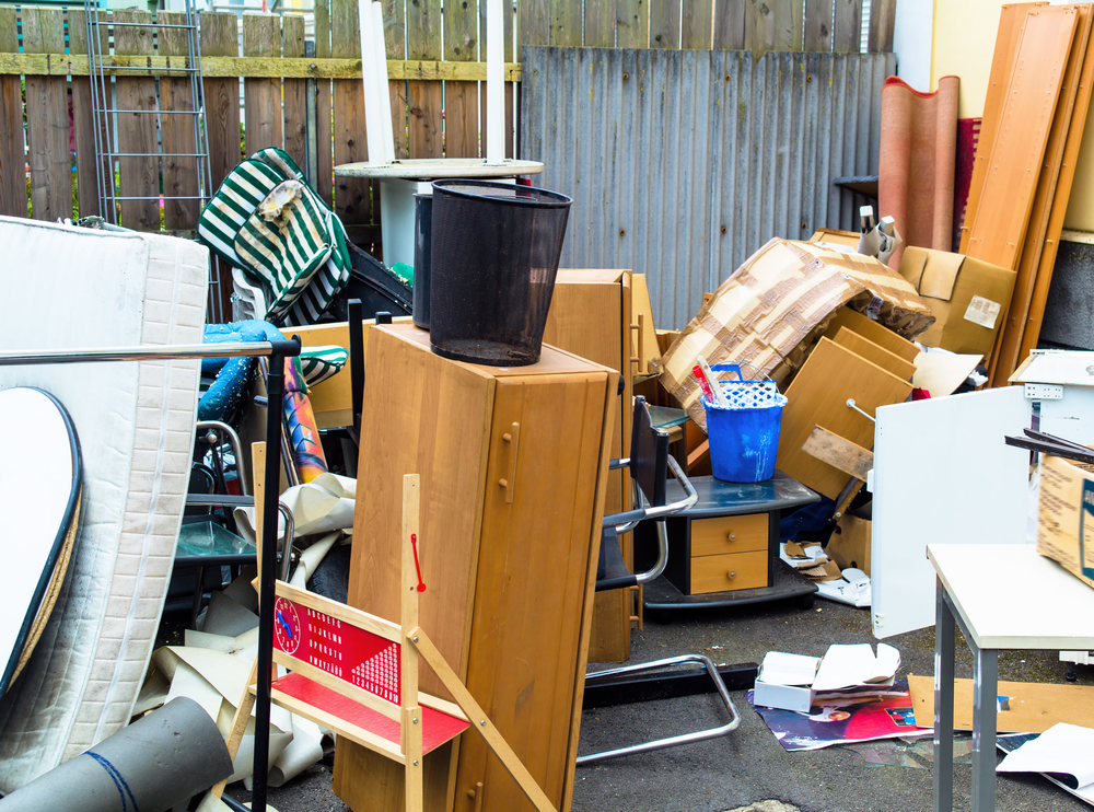 How to dispose of furniture before moving